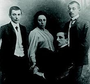 Amalie Emmy Noether, and three younger brothers Alfred, Fritz, and Robert