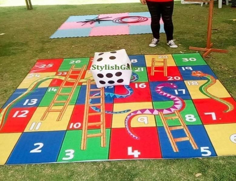 RENTAL] LIFE-SIZED BOARD GAME (SNAKES AND LADDERS), Toys & Games ...