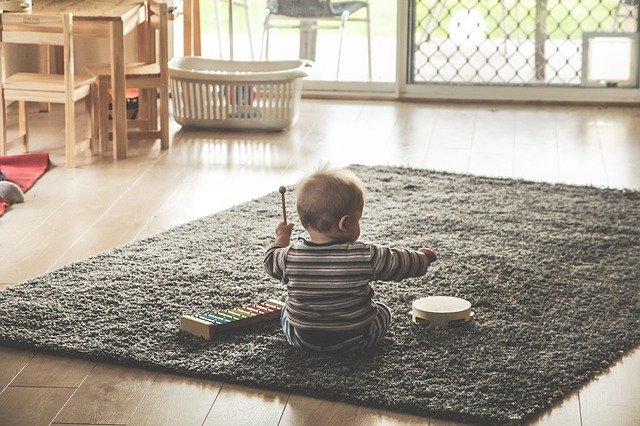 Growing up as a learner: A toddler using his senses to learn