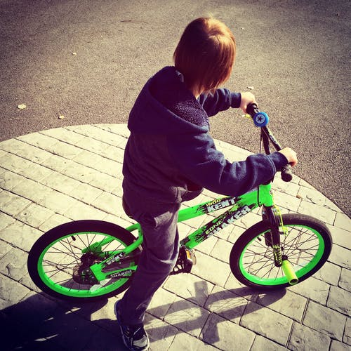 Simple exercises for kids: Kids can ride a bike