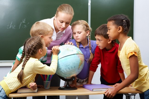 Classical Education-Primary students in geography class
