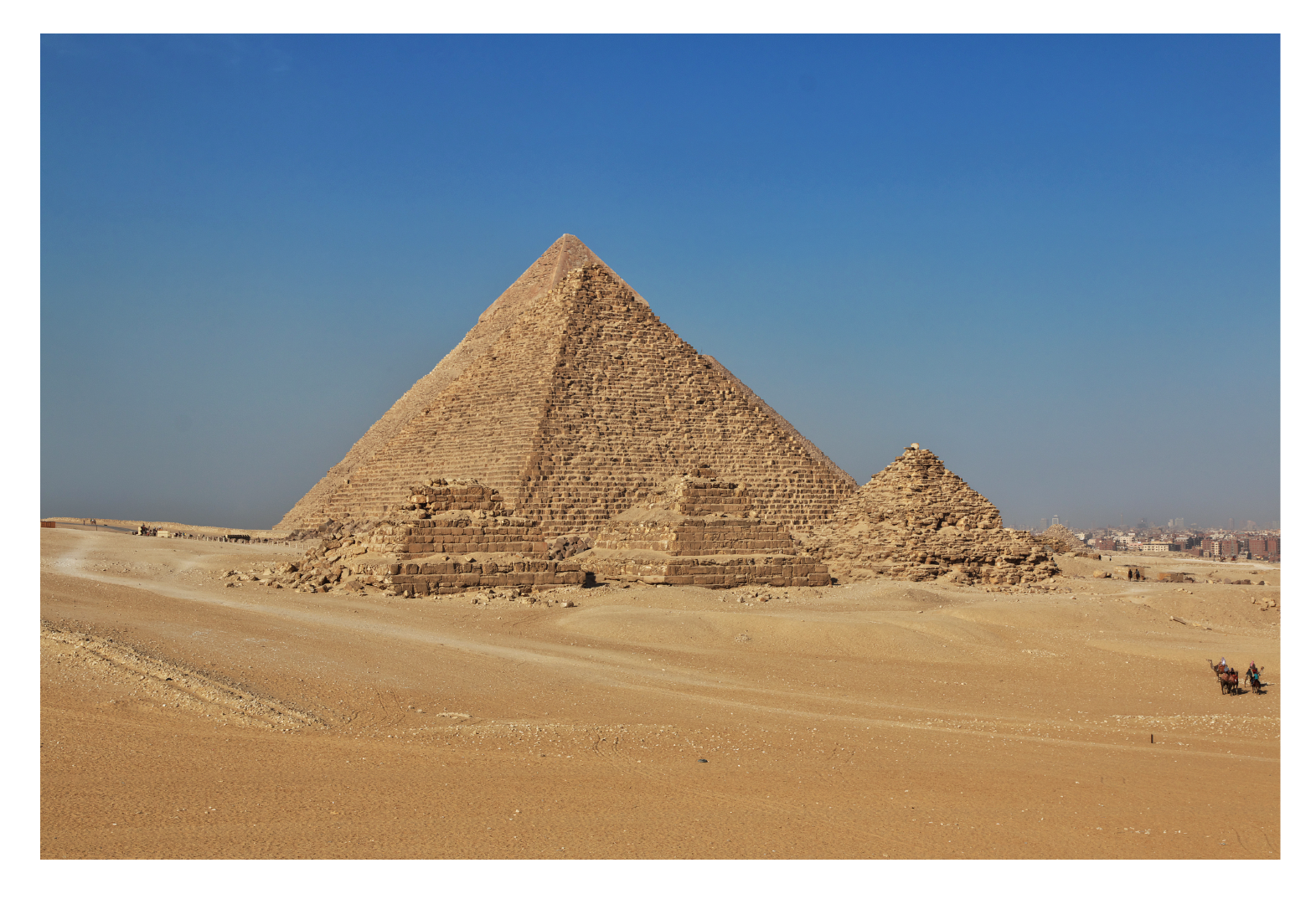 Egyptian pyramids have faces as triangles